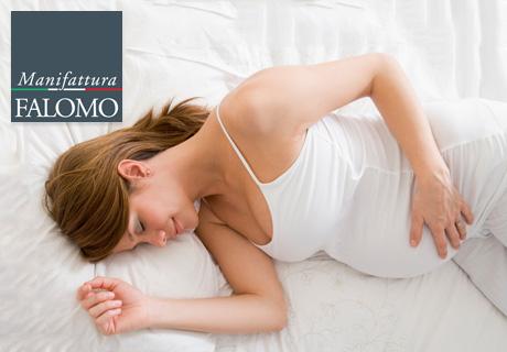 10 Tipps für die werdende Mutter: Finden Sie wie man während der Schwangerschaft besser schlafen kann!