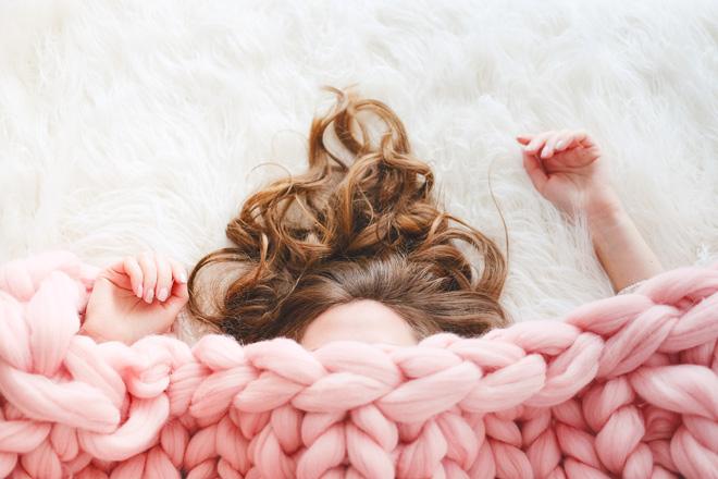 4 Faktoren, wie Kälte den Schlaf auf unerwartete Weise beeinflussen kann