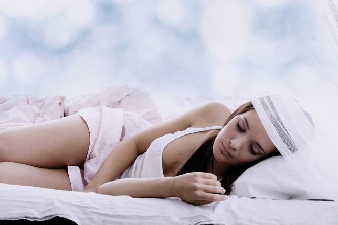 Wie man Schlafstörungen im Sommer bekämpfen kann? Hier 6 Ratschläge