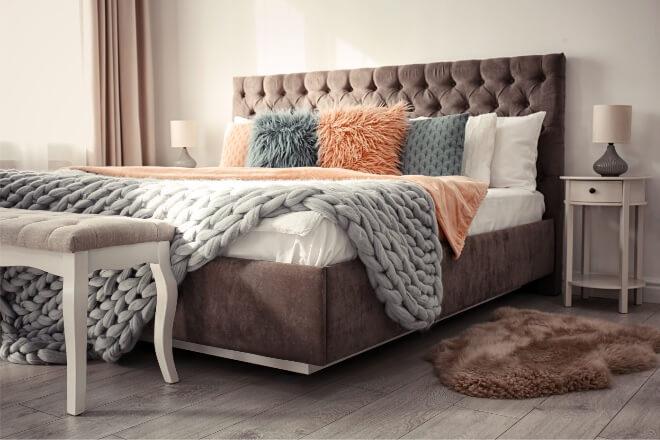 Bett mit Bettkasten und Matratze: Vorteile, Nachteile und alles, was es dazu zu wissen gibt