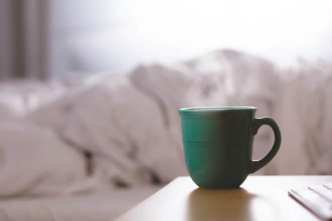 Koffein: der Feind erholsamen Schlafes – hier die Alternativen für besseren Schlaf